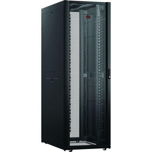 AR3347 Шкаф APC NetShelter SX 48U, ширина 750 мм, глубина 1200 мм, черные боковые панели