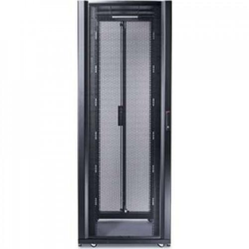 AR3350 Шкаф APC NetShelter SX 42U, ширина 750 мм, глубина 1200 мм, черные боковые панели