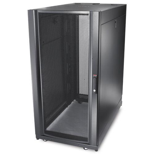 AR3104 Шкаф APC NetShelter SX 24U, ширина 600 мм, глубина 1070 мм, черные боковые панели